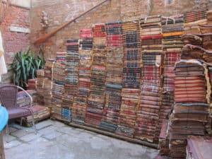 librairie acqua alta: un incontournable lors d'une visite de venise