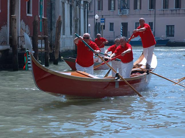 Remiera Venezia. Gruppo 3 archi. Gondola