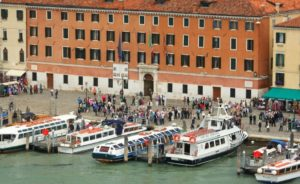 Tour a Murano, Burano, Torcello: partenza da Riva degli Schiavoni