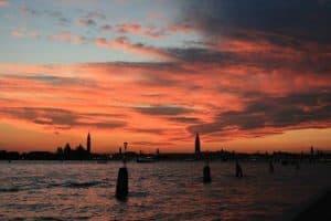 Aperitivo al Tramonto, Venezia in Barca