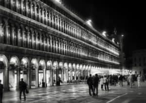 Tour dei Bacari a Venezia di Sera