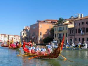 Cosa vedere a venezia? Regata storica