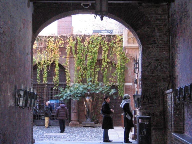 Cosa fare a Verona? Visitare casa di Giulietta!