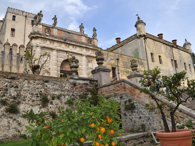 castello-del-catajo