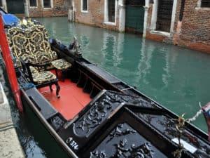 Costruzione gondole. Venezia