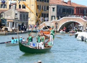 Voga alla veneta, Corsi a Venezia