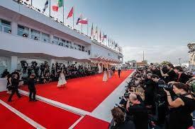 Mostra del cinema di Venezia. Sfilata