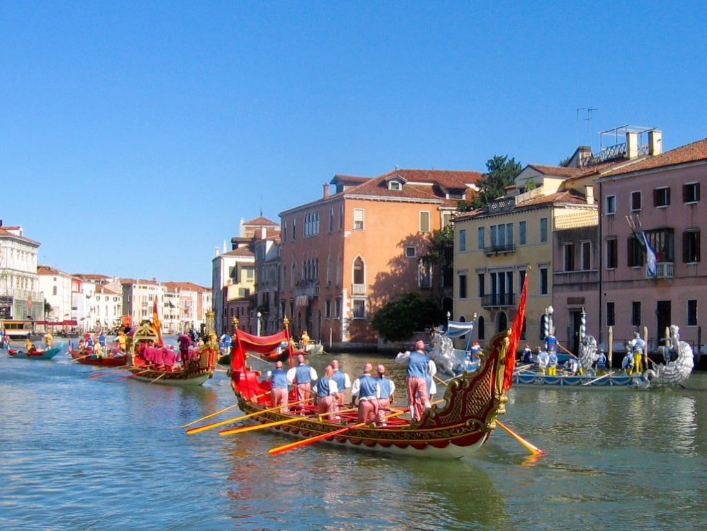 Regata storica Venezia. Corteo