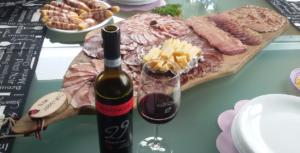 Cantina Vintinove: aperitivo con degustazione vini tutti i giovedì!