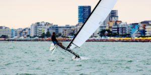 Windsurf a Jesolo: Lezioni e Noleggio Attrezzatura