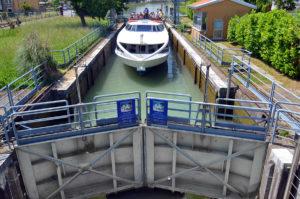 Navigazione sul Brenta: la chiusa di Mira