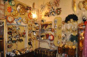 Carnevale di Venezia. Vestiti -visita in atelier