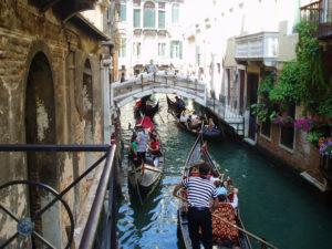 Conveniente giro in gondola a Venezia