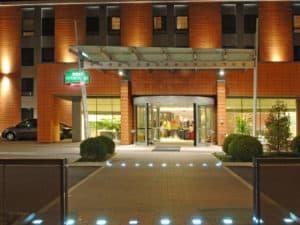 Hotel in der Nähe des Flughafens: Courtyard by Marriott
