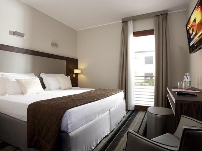 Titian Inn. Hotel all`aeroporto di Venezia. Photochedit di Titian Inn
