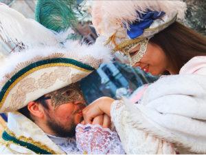 Vestiti di Carnevale Veneziano. Servizio Photoshoot