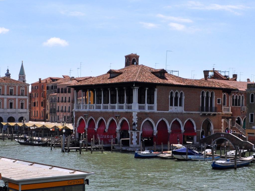 Venezia. Luoghi di interesse. Mercato di Rialto