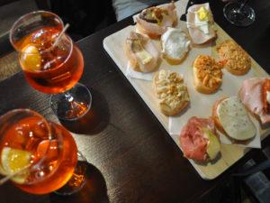 Поесть в Венеции необычно и вкусно чикетти и сприц