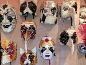 Венецианская маска. Мастер-класс в Венеции на Бурано
