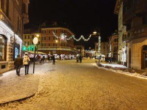 asiago di notte con la neve