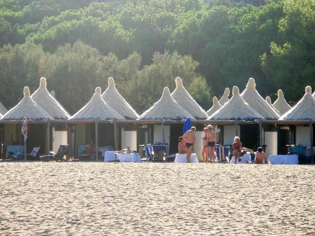 Лидо ди Венеция. Пляж, домики капанны