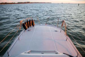 houseboat laguna